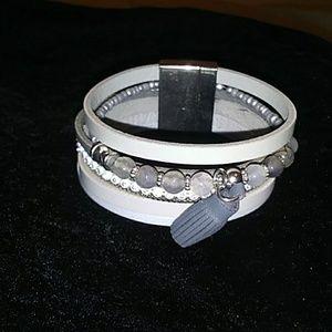 Leather bead magnetic close bracelet